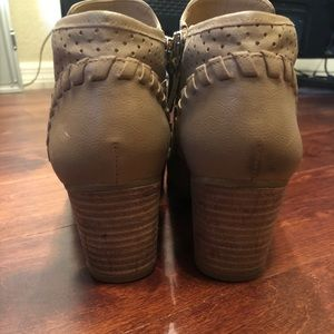 Franco Sarto Shoes - Franco Sarto Ankle Booties Size 7
